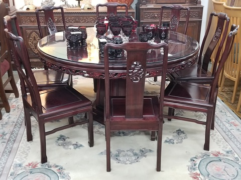 60 Round Rosewood Dining Table With 8 Chairs