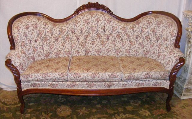 DSCF5839-1 - Vintage Kimball Victorian Sofa - Marva's PlaceMarva's Place