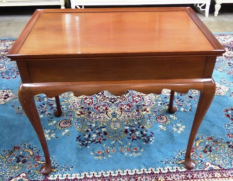 PENNSYLVANIA HOUSE SOLID CHERRY QUEEN ANNE END TABLE   Marvau0027s PlaceMarvau0027s  Place