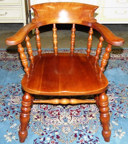 Marvas Place High End Used Furniture Consignment163