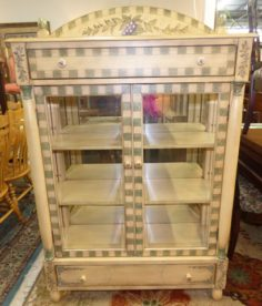 Designer Pulaski Style China Cabinet. High end designer brand used furniture and home decor at significantly low prices. Used Furniture Consignment.