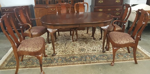 Henkel Harris Dining Table with 6 Chairs - Marva\'s PlaceMarva\'s Place