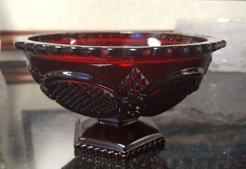 Avon 1876 Ruby Red Cape Cod Candy Dish