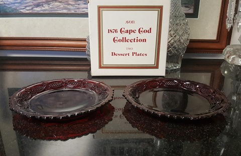 Avon 1876 Ruby Red Cape Cod Dessert Plates (Set of 2)