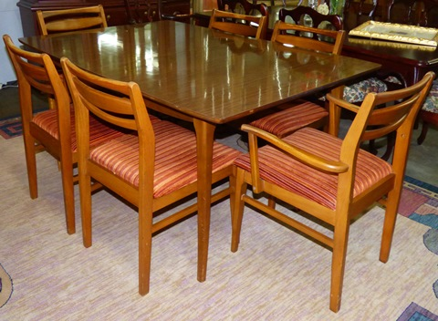 Mid Century Hoover Chair Co. Dining Table With 6 Chairs