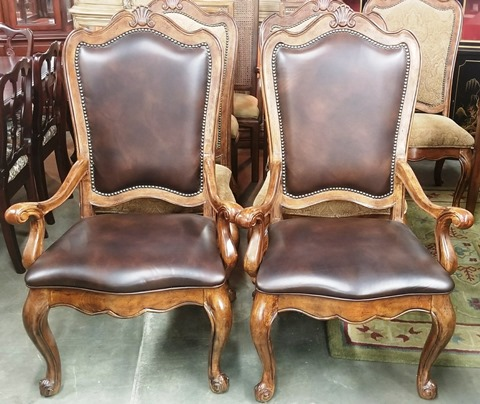 2 Villa Cortina Leather Dining Chairs