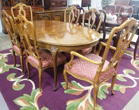Baker Furniture Dining Table With 6 Chairs Previous Next