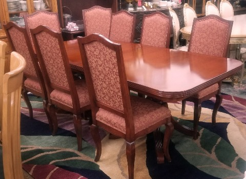 French and Tuscany Double Pedestal Table & 8 Chairs
