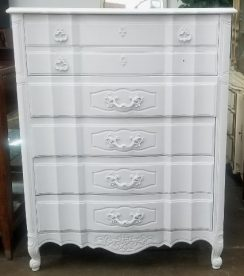 Thomasville White Dresser