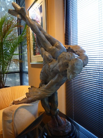 41-inch-wing-man-sculpture-6000